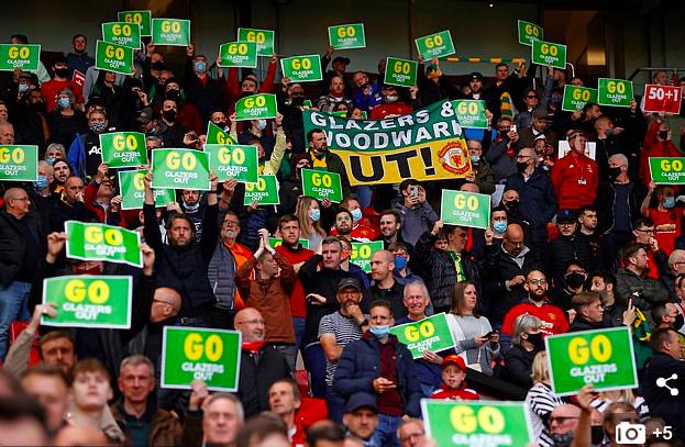 Old Trafford sôi động trở lại, Man Utd vẫn chưa yên ổn - Bóng Đá