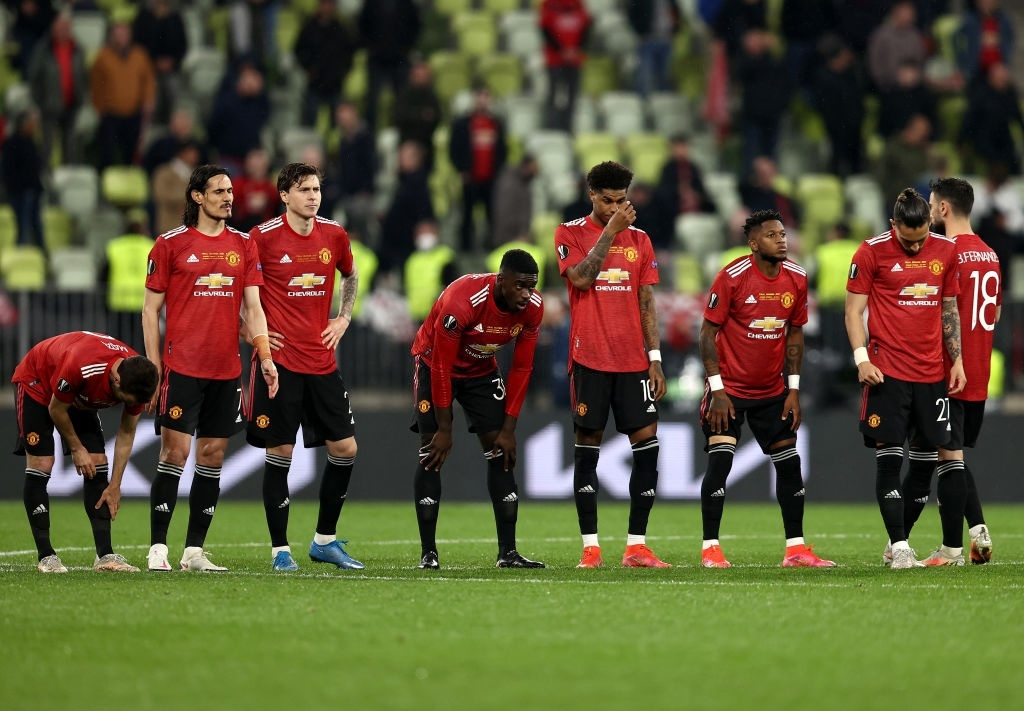 Fernandes khóc nức nở, cả đội M.U đổ gục sau loạt luân lưu - Bóng Đá