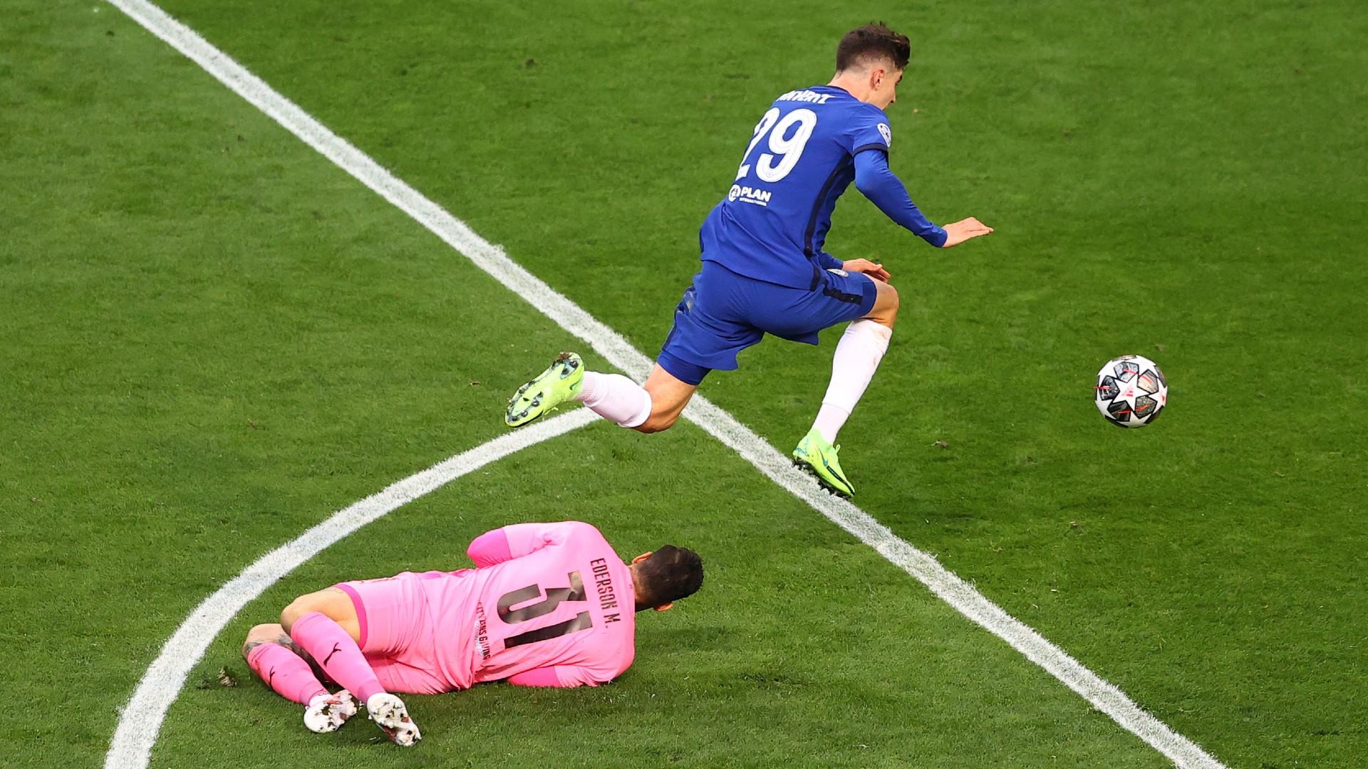 Pep Guardiola sai lầm khi nghĩ quá nhiều - Bóng Đá