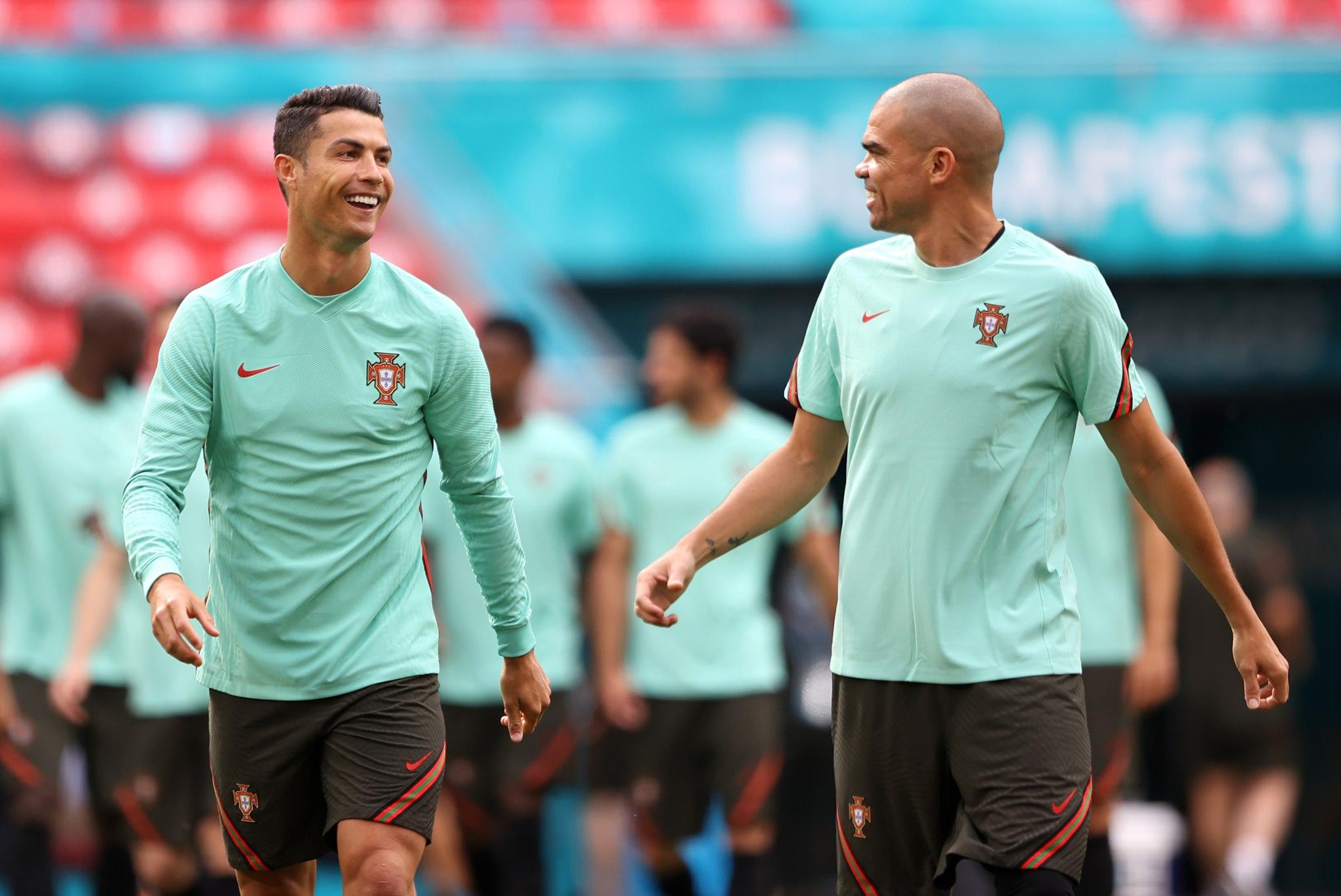 Loạt kỷ lục khủng chờ Ronaldo phá ở EURO 2020 - Bóng Đá