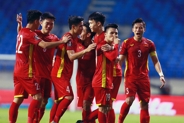 CHÍNH THỨC! Tuyển Việt Nam giành vé đi tiếp ở VL World Cup 2022 - Bóng Đá