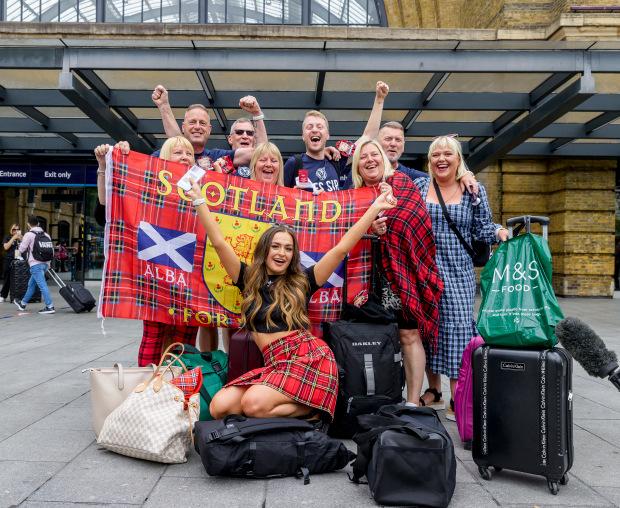 CĐV Scotland quậy tưng bừng London trước đại chiến tuyển Anh - Bóng Đá