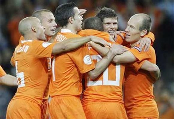 Vì sao Hà Lan sẽ bay cao tại EURO kỳ này? - Bóng Đá