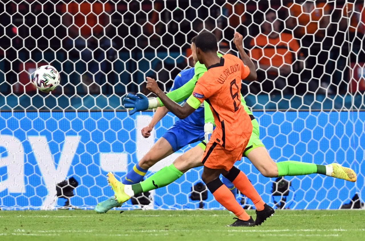 Vì sao Hà Lan là đội bóng kỳ lạ nhất ở EURO? - Bóng Đá