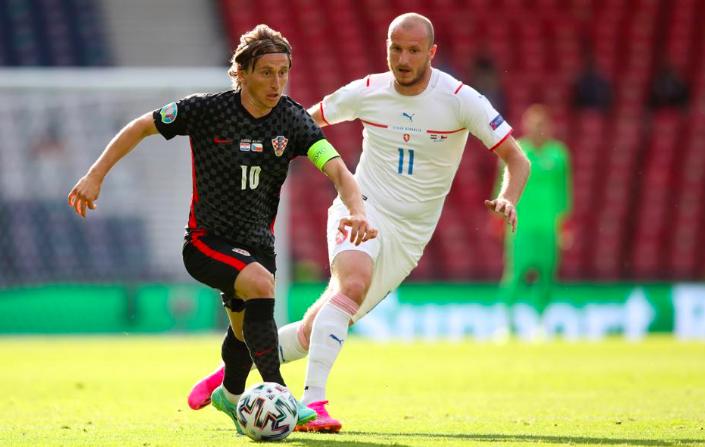 Người cũ Liverpool vung tay tại hại, Croatia  - Bóng Đá