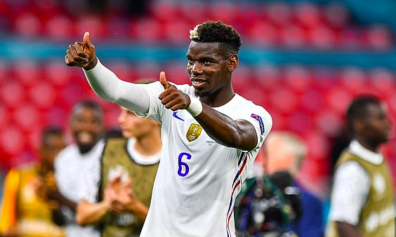 Paul Pogba 'continues talks with Manchester United to extend contract with Red Devils desperate to avoid losing Frenchman for free in January' - Bóng Đá
