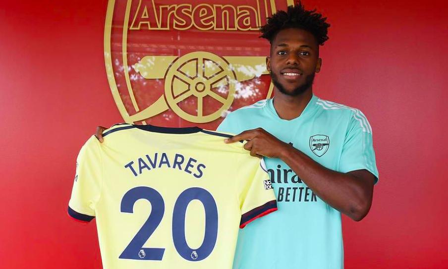 Tân binh hứa hẹn của Arsenal sút 2 chân như một - Bóng Đá