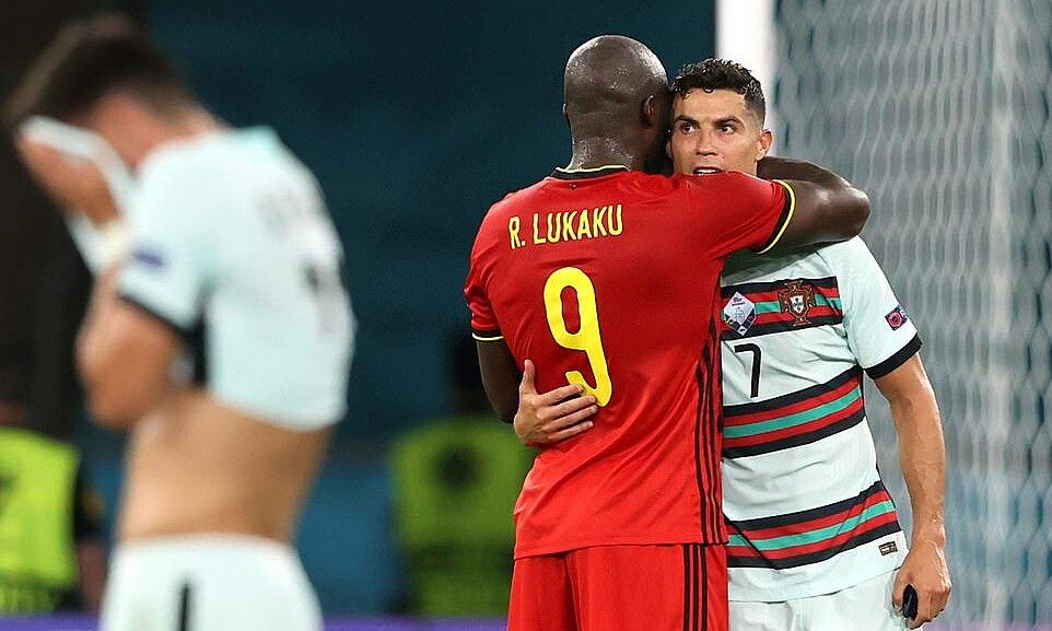 CHÍNH THỨC! Đội hình tiêu biểu EURO 2020: Tranh cãi Lukaku, Shaw - Bóng Đá