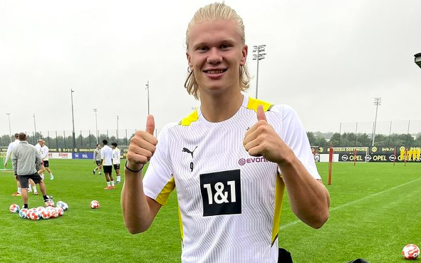 """Julien Laurens confirmed that both Mino Raiola and Erling Haaland's father Alf-Inge are aware of Chelsea's """"concrete"""" interest in the striker. - Bóng Đá"""