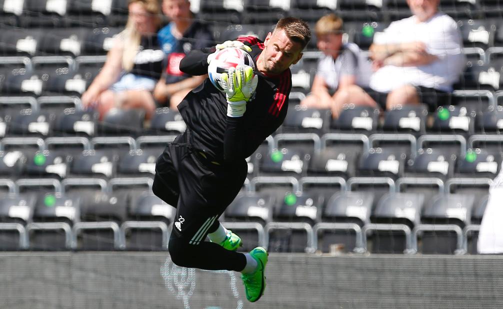 Tom Heaton debut for Man Utd - Bóng Đá