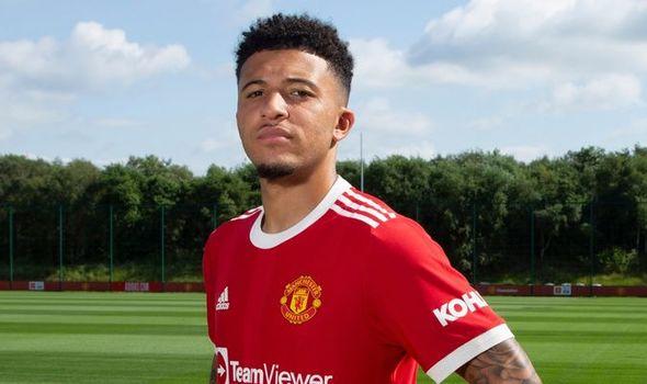 Manchester United set Jadon Sancho return date following £73m transfer - Bóng Đá