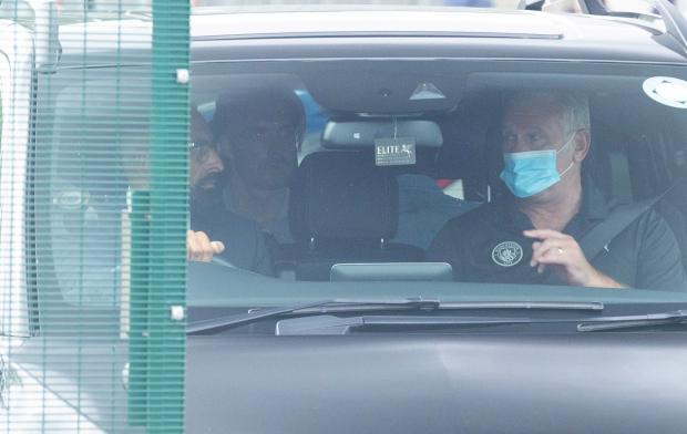 Bom tấn đắt kỷ lục có mặt ở Manchester, kiểm tra y tế hoàn tất - Bóng Đá