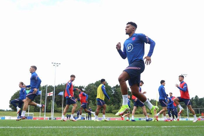 Sancho injured, Southgate confirm - Bóng Đá