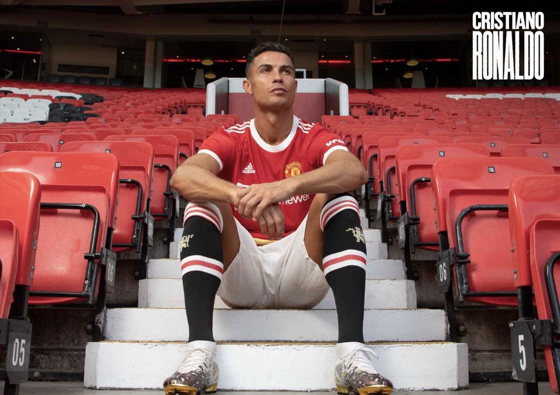Man Utd công bố những hình ảnh về Ronaldo - Bóng Đá
