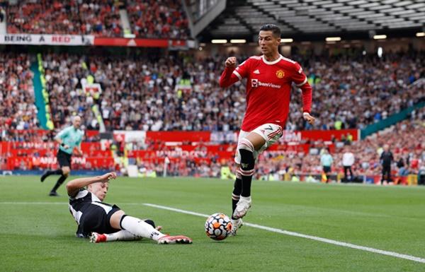 Sự tinh túy của Ronaldo - Bóng Đá