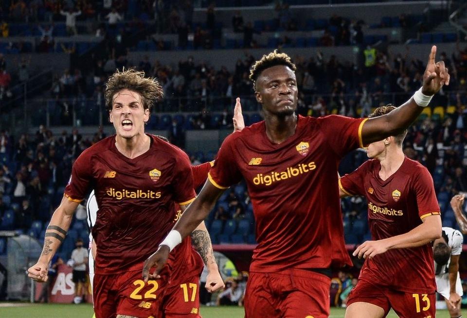 Hàng thừa Chelsea lại tỏa sáng, đội bóng của Mourinho trở lại cuộc đua - Bóng Đá