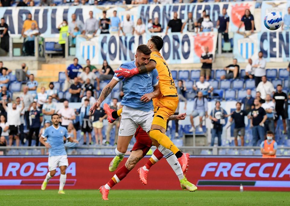 Người cũ ghi bàn, Roma của Mourinho lại thua trận - Bóng Đá