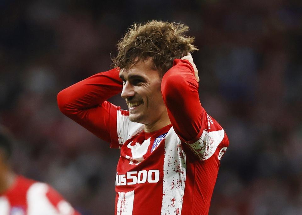 Suarez ghi bàn, Griezmann cười tươi khi Atletico đè bẹp Barca - Bóng Đá