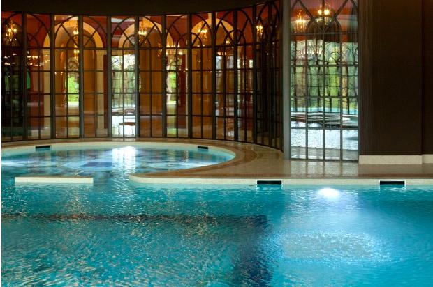 Bên trong căn biệt thự đắt giá nhất thế giới của giới chủ Ả Rập - Bóng Đá