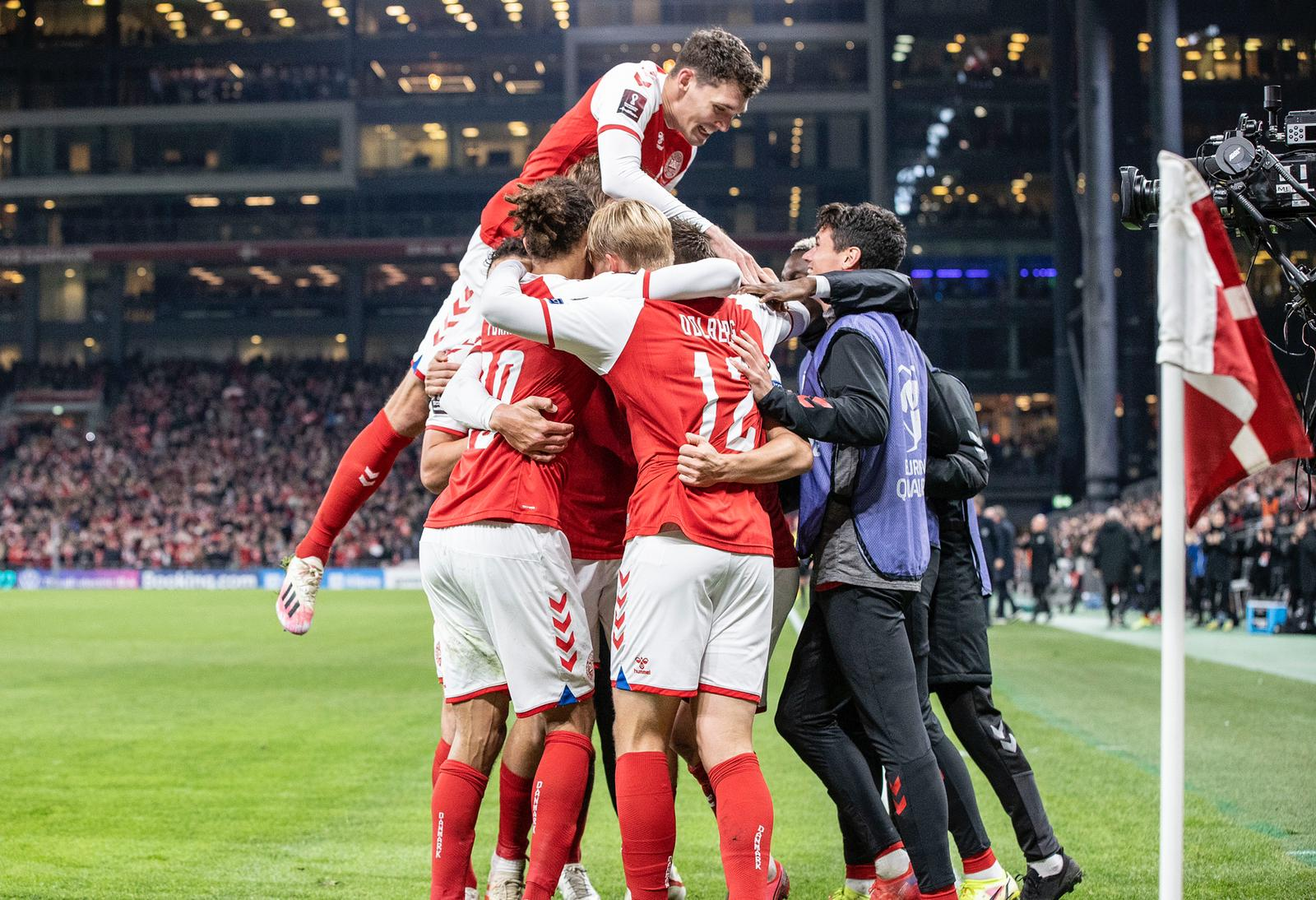 Đan Mạch thăng hoa không ngừng sau EURO - Bóng Đá