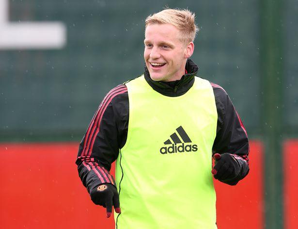 Man Utd's demands on Donny van de Beek transfer opens door to January exit - Bóng Đá