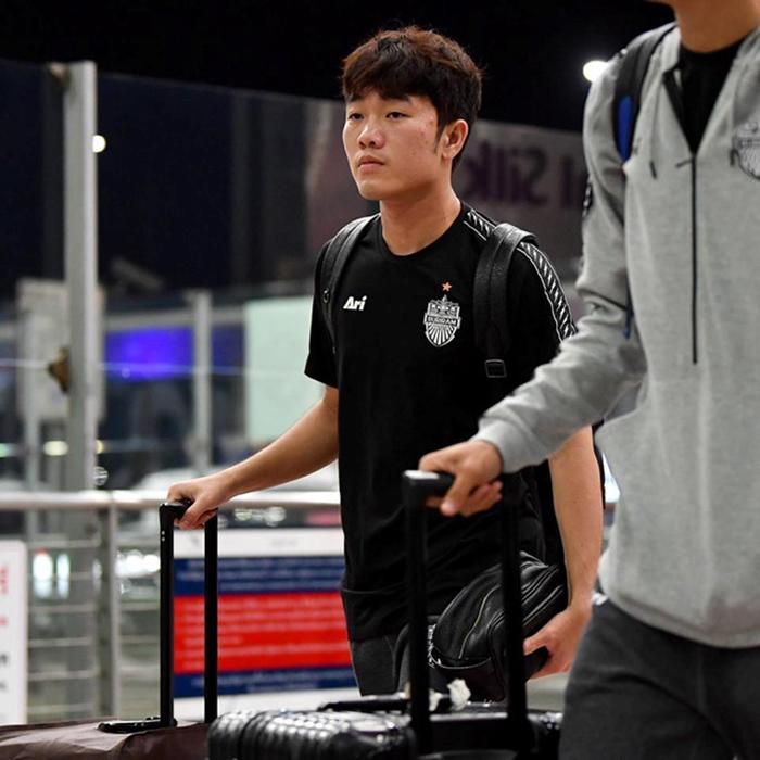 Xuân Trường bảnh bao cùng Buriram sang Nhật đá Champions League - Bóng Đá
