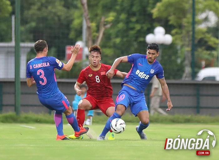 Ghi 2 bàn từ chấm phạt cố định, các sao U22 Việt Nam ghi điểm với thầy Park - Bóng Đá