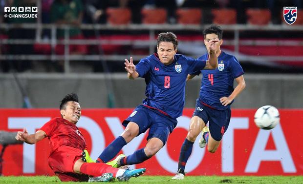 VFF chuẩn bị đâm đơn kiện tuyển thủ Thái Lan vì pha triệt hạ Quế Ngọc Hải - Bóng Đá