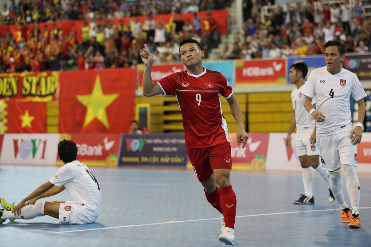 Hạ gục Myanmar, Việt Nam ghi tên vào VCK giải vô địch châu Á - Bóng Đá