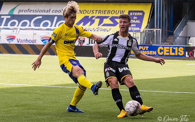HLV Sint-Truiden nói điều phũ phàng về Công Phượng, chỉ ra lý do không đăng ký thi đấu - Bóng Đá