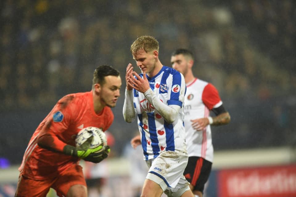 Đoàn Văn Hậu ngồi dự bị trận thứ 16, SC Heerenveen ngã ngựa trên sân nhà - Bóng Đá