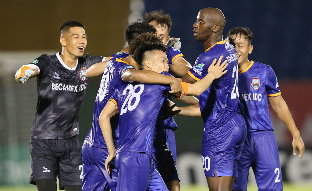 Vòng 1/8 Cúp Quốc gia 2020: HLV Park Hang-seo và những nụ cười - Bóng Đá