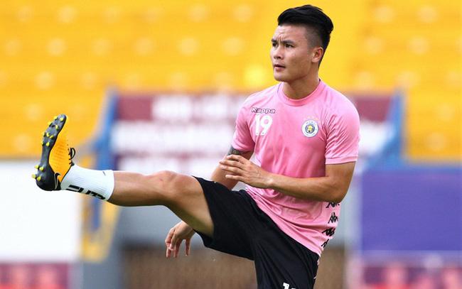 CLB Hà Nội nhận hung tin từ Quang Hải trước trận derby thủ đô - Bóng Đá