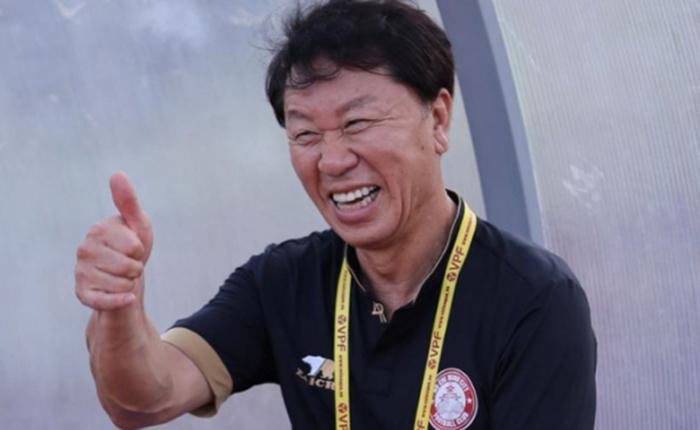 Trở lại CLB TP.HCM, HLV Chung Hae-soung thực hiện cuộc