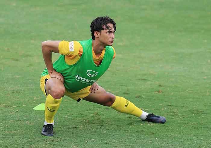 Cầu thủ gốc Pháp của U22 Việt Nam dính chấn thương sau trận gặp Viettel - Bóng Đá