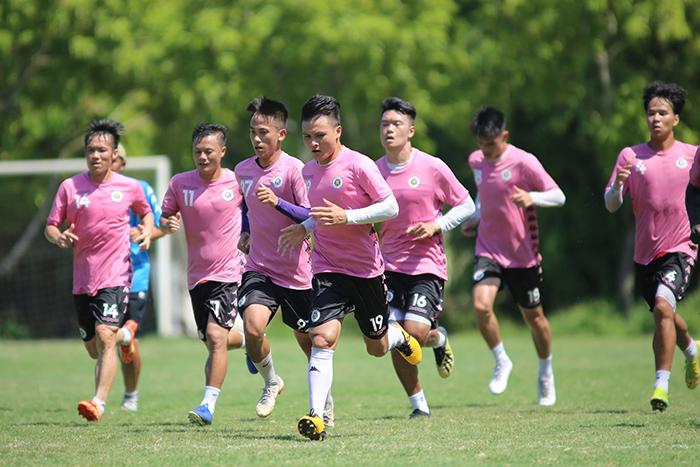 Các CLB V-League tích cực