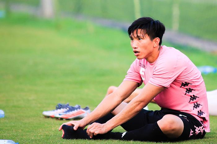 Đoàn Văn Hậu có trận đấu đầu tiên cho CLB Hà Nội sau khi rời Hà Lan - Bóng Đá