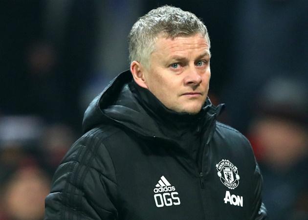 Ole Gunnar Solskjaer 'withdrawn' and coach with 'air of resignation' as pressu - Bóng Đá