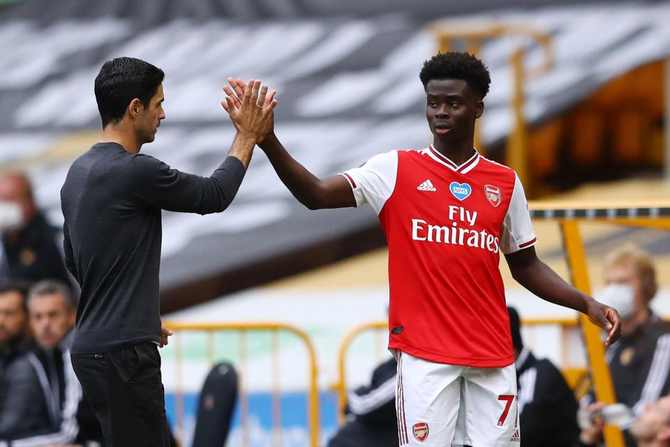 Arsenal dồn gánh nặng cho