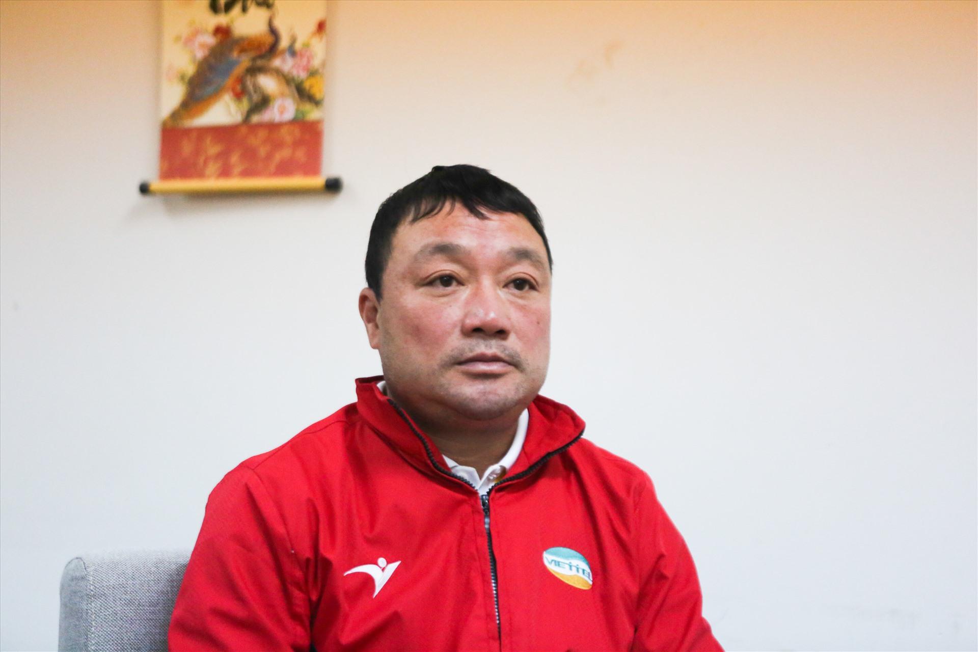 Vừa vô địch V-League, HLV Trương Việt Hoàng đã bày tỏ sự lo âu - Bóng Đá