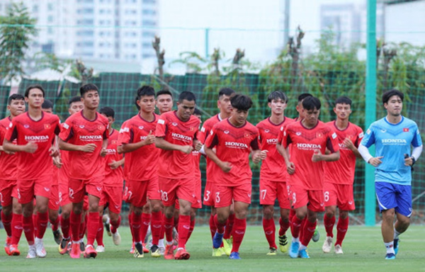 CHÍNH THỨC: HLV Park Hang-seo công bố 24 cầu thủ triệu tập lên U22 Việt Nam - Bóng Đá