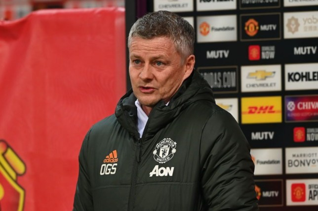 Ole Gunnar Solskjaer admits Manchester United were 'a bit flukey' in last-gasp Wolves win - Bóng Đá