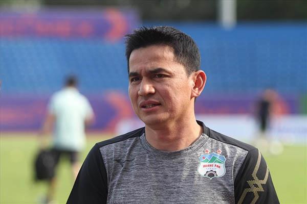 Kiatisak tái xuất, HAGL bị DNH Nam Định cầm chân đáng tiếc - Bóng Đá