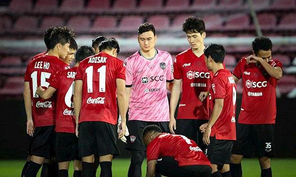 Đặng Văn Lâm sẽ bị cấm thi đấu dài hạn nếu thua kiện trước Muangthong - Bóng Đá