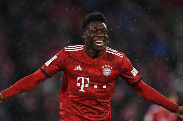 ĐHTB bóng đá châu Âu 2020: Bayern áp đảo, NHA chỉ góp 2 cái tên - Bóng Đá