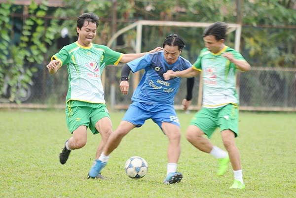 Tài Em và cựu danh thủ Long An tham dự trận đấu tri ân mừng xuân Tân Sửu - Bóng Đá