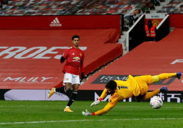 TRỰC TIẾP Man Utd 2-2 Liverpool (Hiệp 2): Salah quân bình tỷ số - Bóng Đá