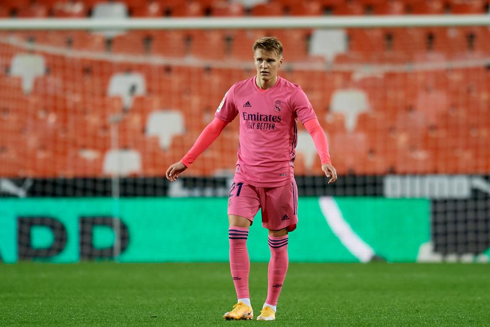 Về Arsenal thay Ozil, Odegaard bị nói lời phũ phàng - Bóng Đá