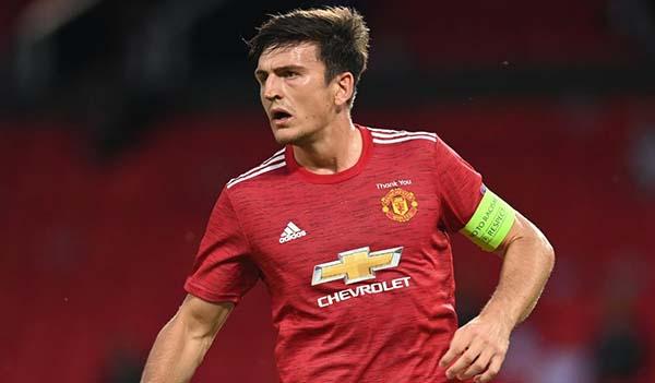 CĐV Man Utd hạ bệ Maguire, chỉ ra cặp trung vệ hoàn hảo của Quỷ Đỏ - Bóng Đá