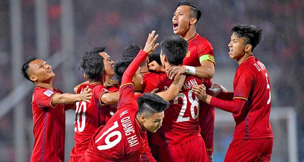 """Lucky88 tổng hợp: """"ĐT Việt Nam hưởng lợi từ việc đá tập trung tại VL World Cup 2022"""""""
